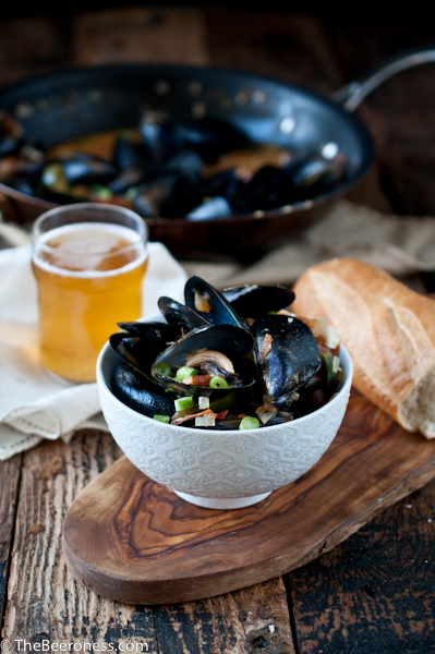 Spicy Steamed Mussels In Beer