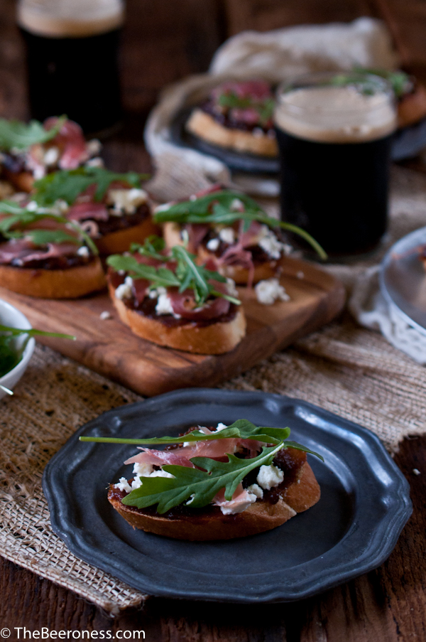 Porter Date Jam Crostini with Prosciutto, Arugula and Goat Cheese_