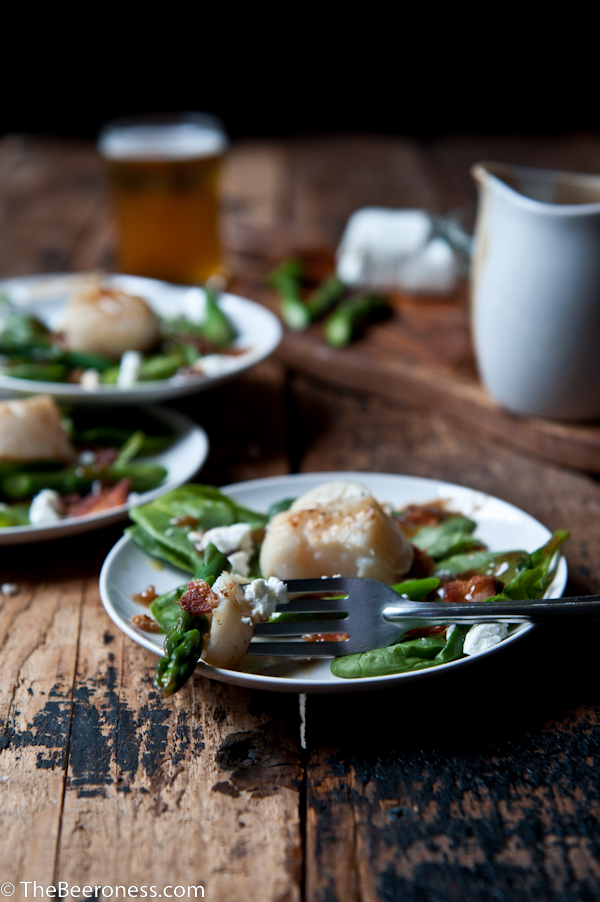 Beer Brined Scallops over Spinach Salad With Bacon Stout Vinaigrette 3