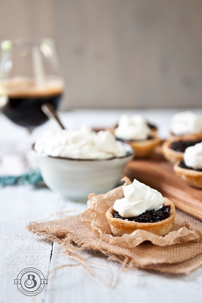 Blackberry stout mini pies -4