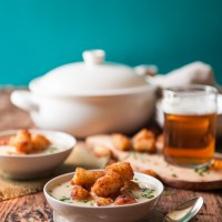 10-Minute Tater Tot Beer Cheese and Chives Soup 1