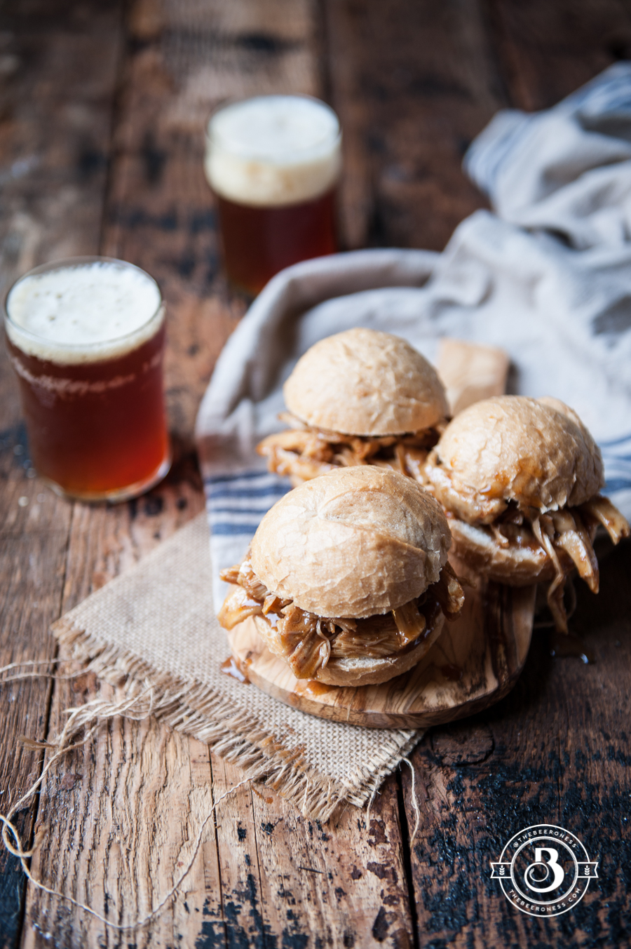 Slow Cooker Honey Chili Pulled Beer Chicken Sliders-4
