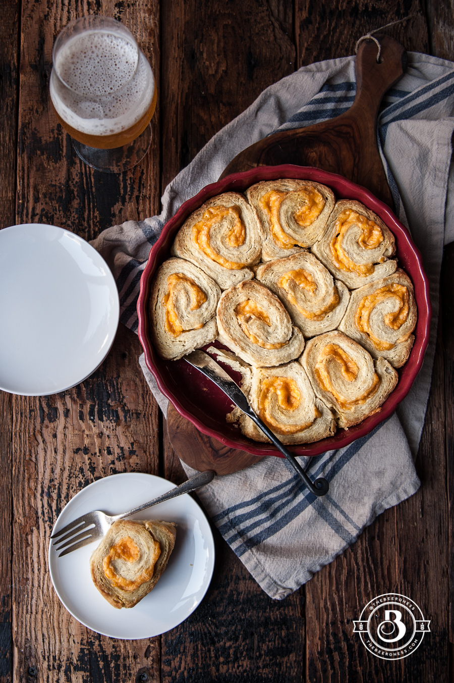 20-Minute Garlic Cheddar Beer Biscuit Rolls7