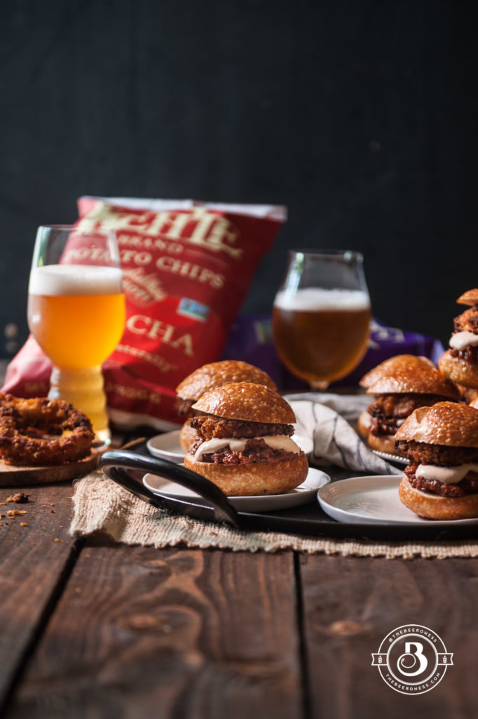 beer-braised-short-rib-sliders-with-kettle-chip-crusted-onion-rings7