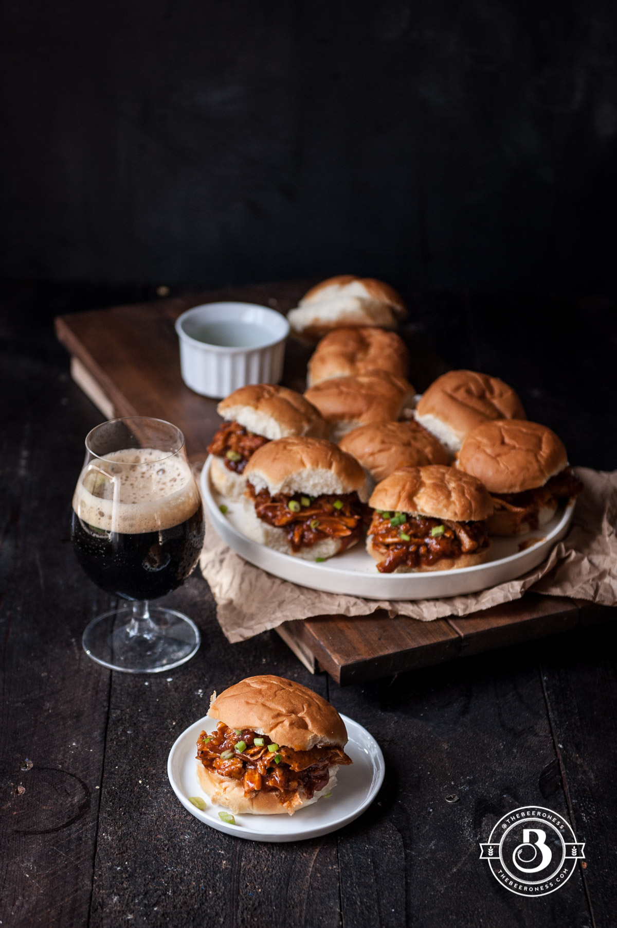 chipotle-beer-chicken-sliders5